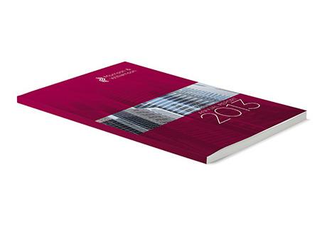 Perfect bound printed brochures - Digital Printing